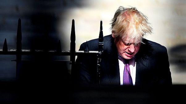 Peçeli kadınları 'banka soyguncusuna' benzeten Boris Johnson'a parti içi soruşturma