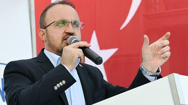 """""""Dolar üç kuruş artacak Türkiye batacak diye bir şey yok."""""""