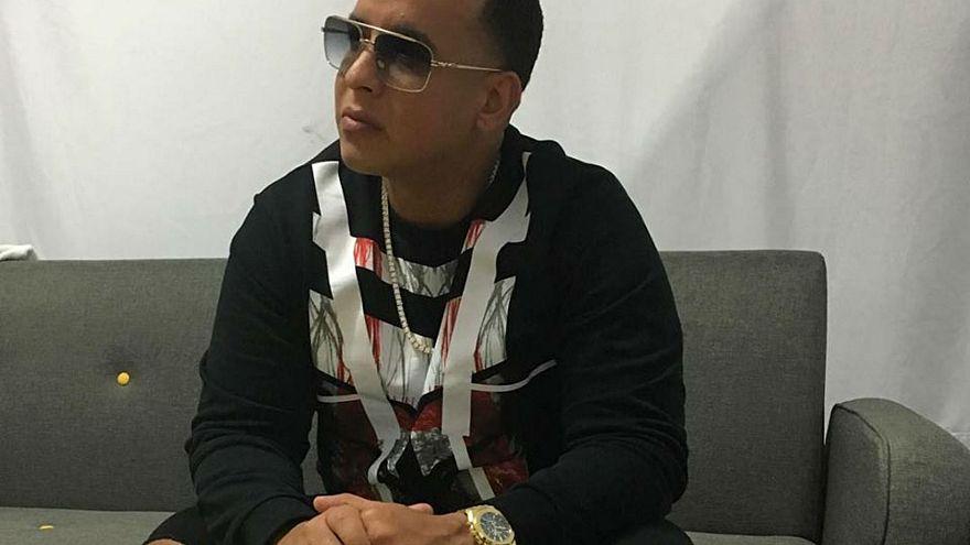 El cantante puertorriqueño Daddy Yankee denuncia robo millonario en hotel español