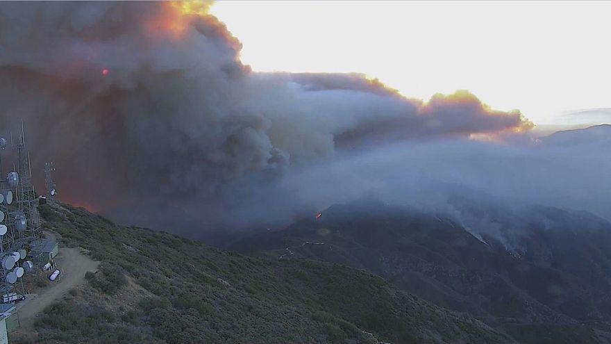 ТАЙМЛАПС: лесные пожары в Калифорнии