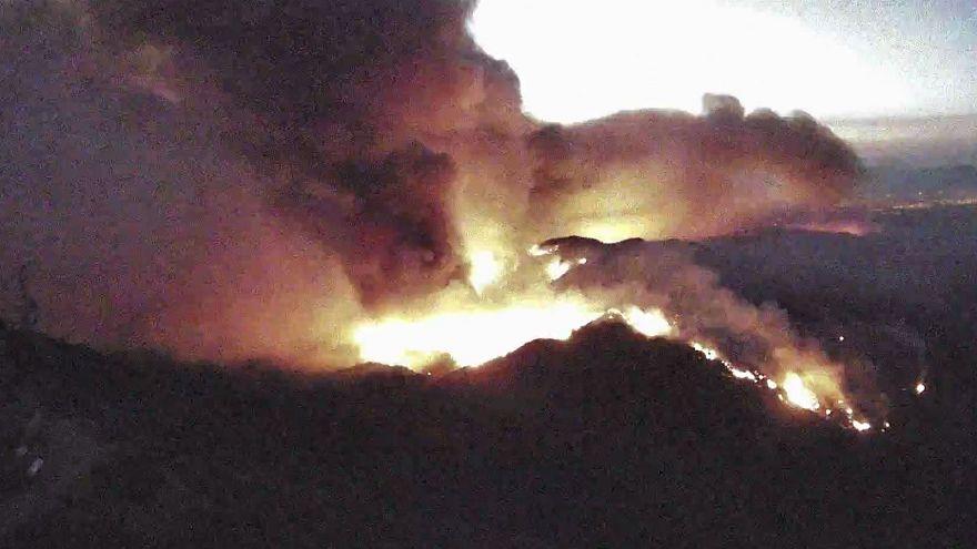Vídeo: una webcam muestra el avance de uno de los incendios de California