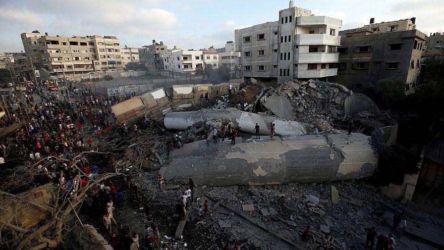 طائرات إسرائيلية تقصف مبنى بمدينة غزة