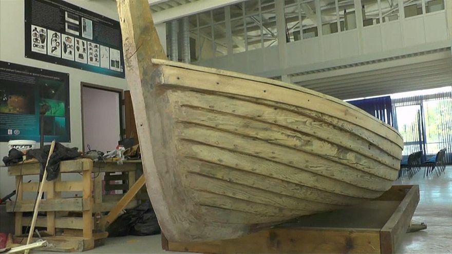 شاهد : اكتشاف حطام سفينة رومانية في شبه جزيرة القرم