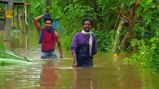 مقتل 24 شخصا جراء أمطار وانهيارات أرضية بالهند