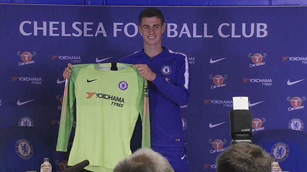 Premier League rüstet sich mit Rekord-Transfers für die neue Saison
