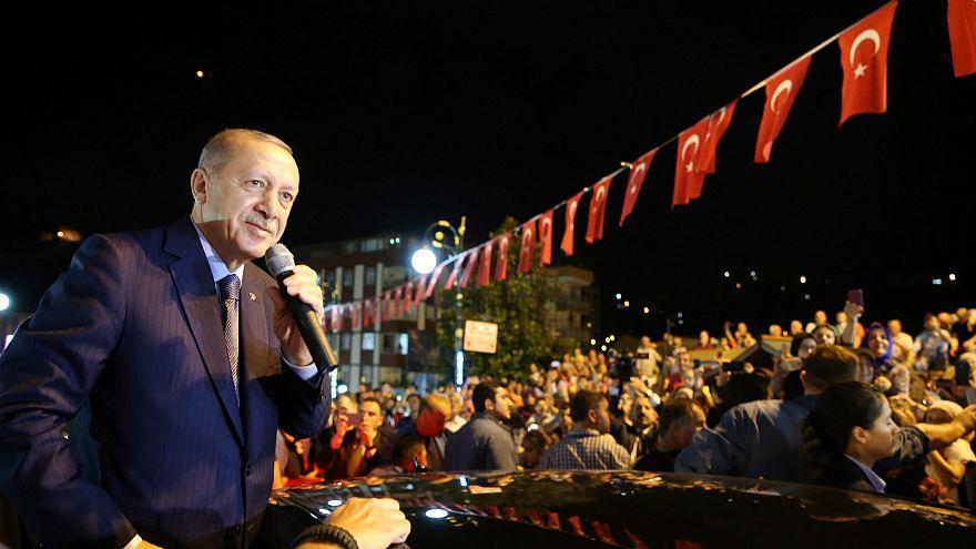 Erdoğan: Ekonomik savaşı başarılı bir şekilde vereceğiz
