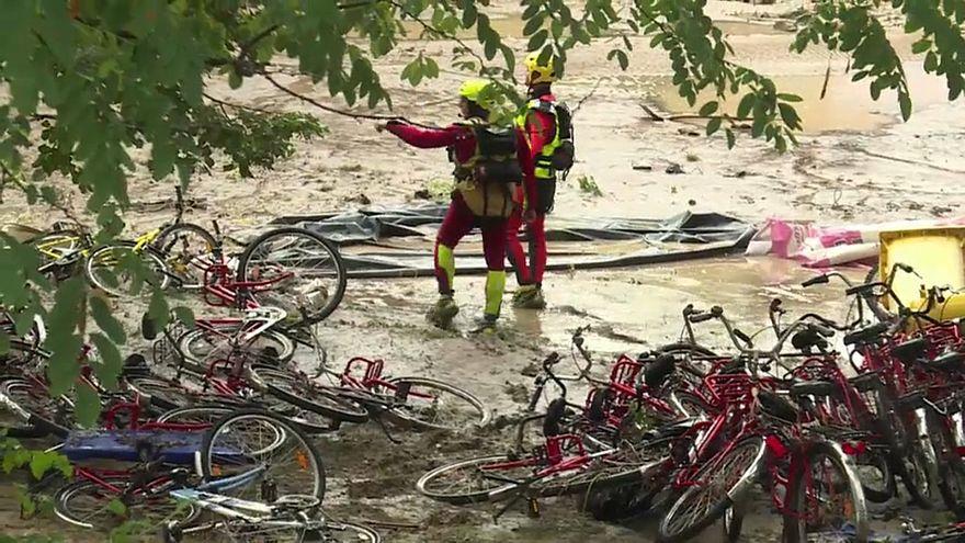 Heves áradások Franciaországban