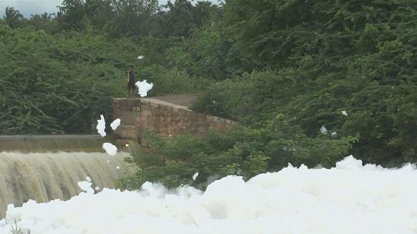 População de cidade indiana apela a medidas anti-poluição
