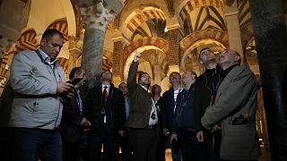 Erdogan manda alcaldes turcos de viaje a España para que vean otras culturas