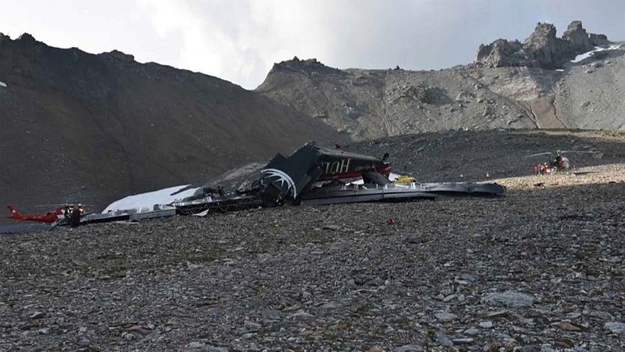 تحديد هويات ضحايا الطائرة السويسرية واستمرار التحقيق بشأن سقوطها