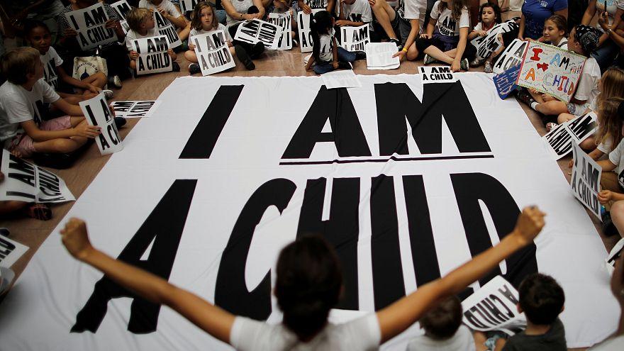 559 طفلاً مهاجراً في أمريكا لا زالوا محرومين من عائلاتهم