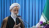 İranlı imam: Döviz stoku yapanlar ülkeye ihanet içinde
