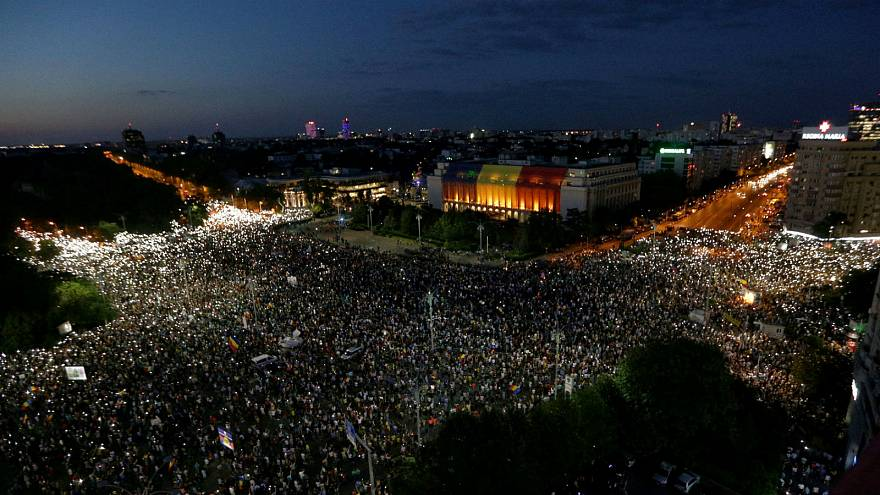 Romania's expats return home for anti-government protest in Bucharest