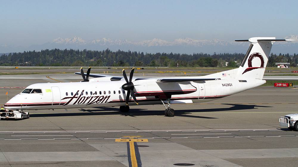 Stolen plane from Seattle airport crashes