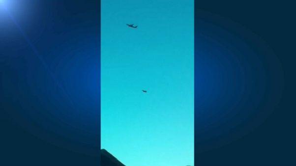 Roba un avión y lo estrella en una inusitada acción suicida