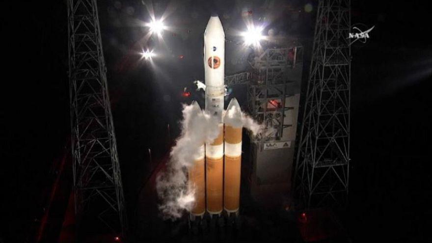 """La Nasa repousse le lancement de la navette """"Parker"""" dans l'atmosphère du soleil"""