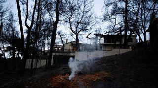 Στους 94 οι νεκροί από τη φωτιά στο Μάτι