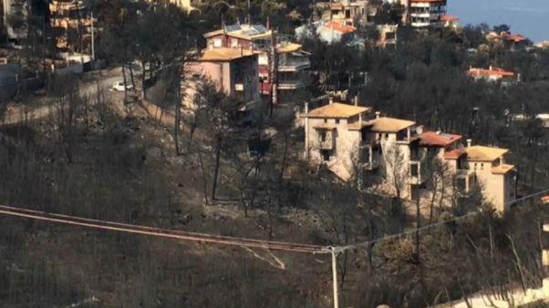 Incendi Grecia: si aggrava il bilancio delle vittime