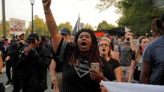 Charlottesville 1 Jahr danach: Demonstranten gegen extreme Rechte
