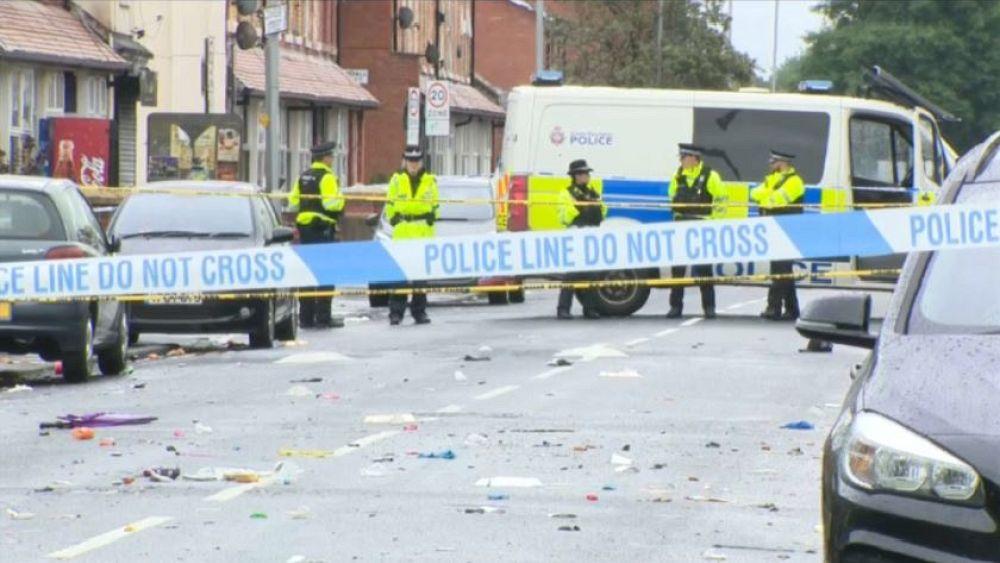 Manchester gunfight leaves children injured
