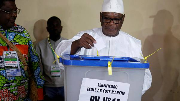 Mali: voters go to polls for run-off presidential election