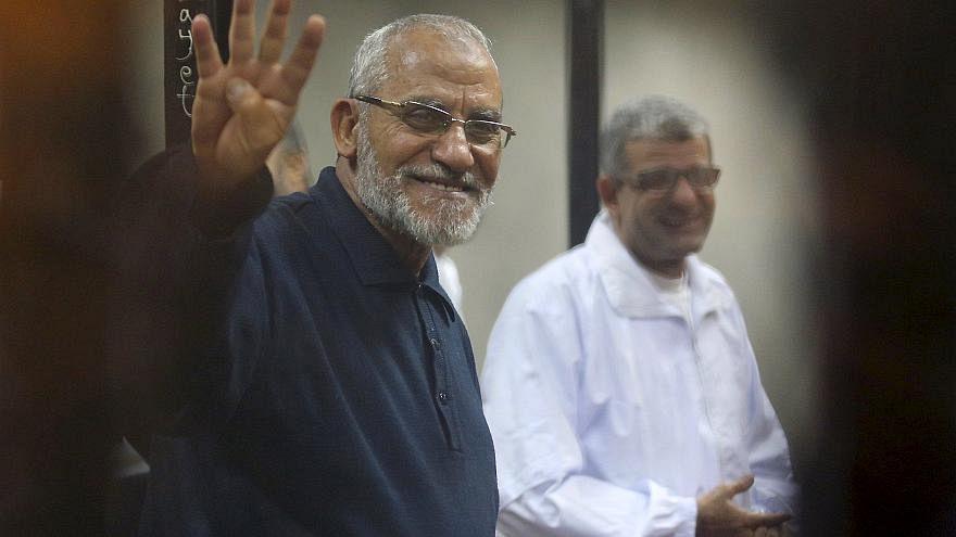 محكمة مصرية تحكم على مرشد الإخوان المسلمين بالسجن المؤبد