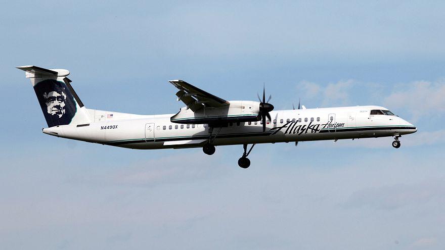 A Horizon Air Bombardier Dash 8 Q400 lands at Calgary airport