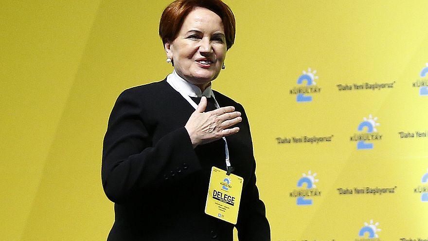 Akşener fire vermeden yeniden İYİ Parti Genel Başkanı seçildi