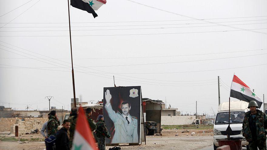 """هل """"تواطأت"""" أثينا مع بشار الأسد عبر إتمام صفقات الفوسفات؟"""