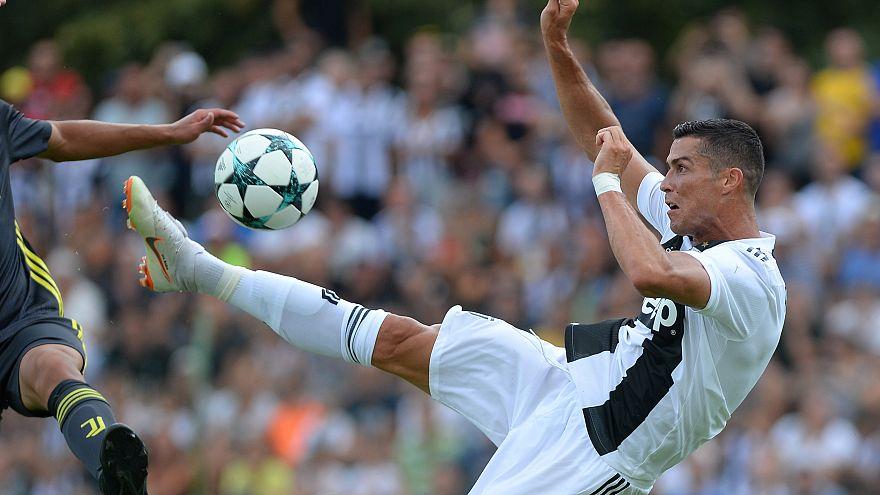 شاهد: رونالدو يسجل أول أهدافه لصالح يوفنتوس