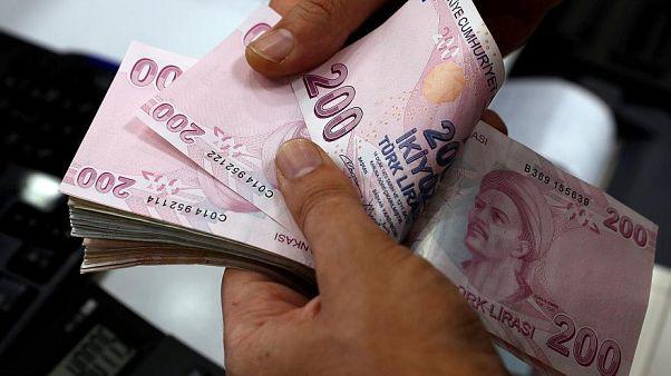 Dolar Türk Lirası karşısında 7.20 seviyesini gördü