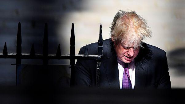 """تداعيات """"البرقع"""" تلاحق جونسون.. وانقسامات في حزب المحافظين"""