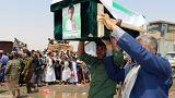 Koalisyon güçlerinin vurduğu Yemenli çocuklar toprağa verildi