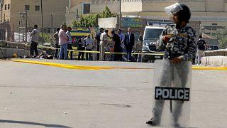 شرطي مصري في موقع هجوم استهدف كنيسة في محافظة القليوبية المجاورة للقاهرة