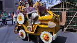 شاهد: 20000 سائح يشاهدون مهرجان الزهور في مدينة بابلو اسكوبار