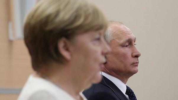 Merkel és Putyin Szocsiban