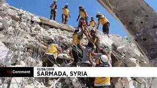 Συρία: Διάσωση ενηλίκων και παιδιών από τα ερείπια στην Ιντλίμπ
