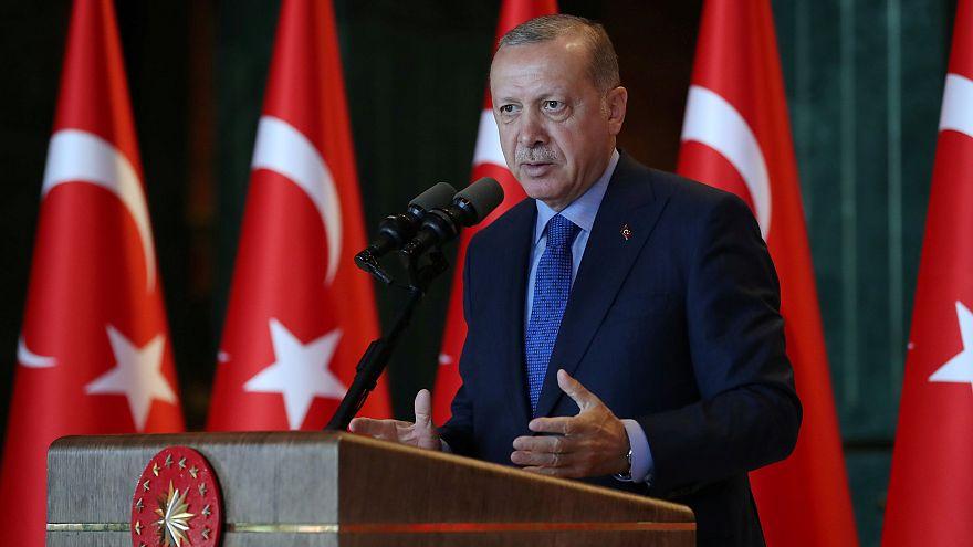 Washingtont is hibáztatja Erdogan a líra mélyrepülése miatt