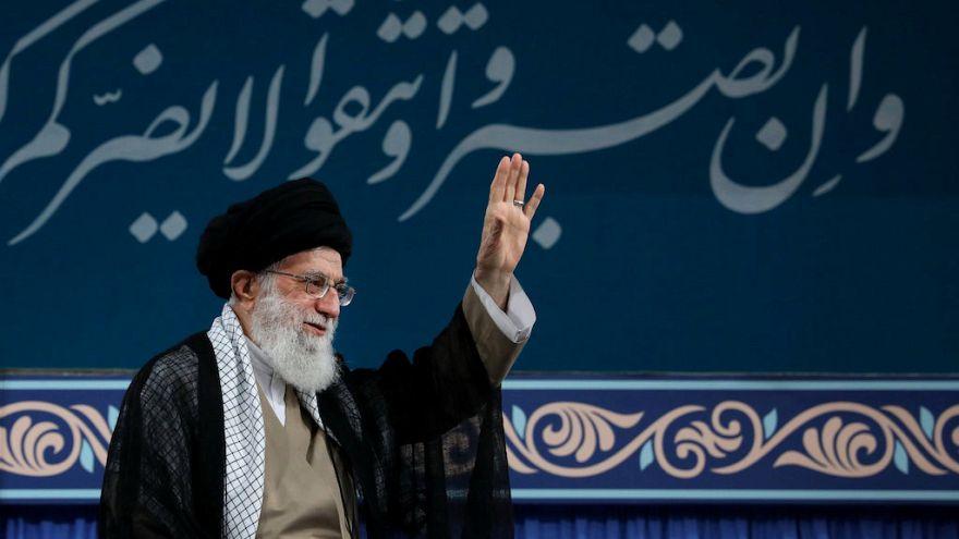 """Ayatollah Khamenei: """"l'Iran non tratta con il regime statunitense"""""""