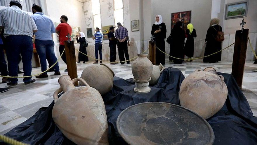 بالفيديو : رغم الحرب...متحف إدلب السوري يعيد فتح أبوابه