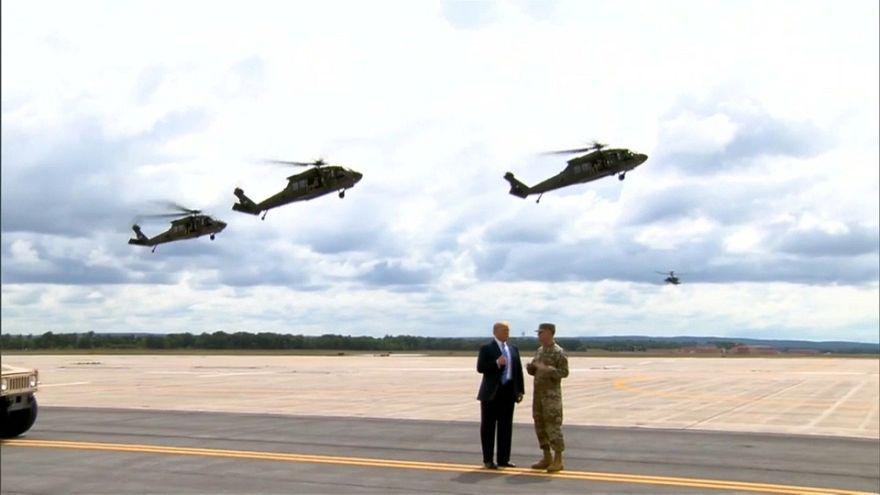 شاهد: ترامب يحضر تدريبات جيشه العسكرية