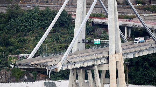 Tragédie en Italie : un viaduc s'effondre à Gênes, au moins 30 morts