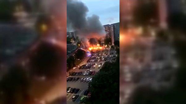 Zahlreiche Fahrzeugbrände in Schweden