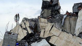 Italy bridge: Pictures, videos from Genoa motorway collapse