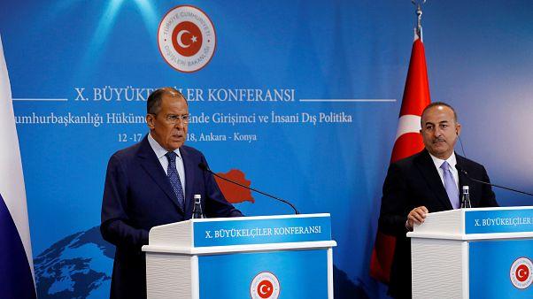 Szergej Lavrov a dollár hanyatlásáról beszélt Ankarában