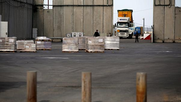 İsrail, Gazze'nin tek ticari sınır kapısını yeniden açacak