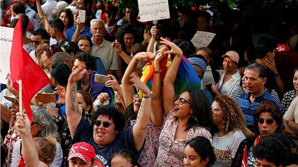شادی طرفداران طرح تساوی ارث زن و مرد در تونس