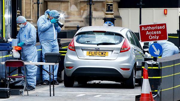 Ermittler am Tatort in London