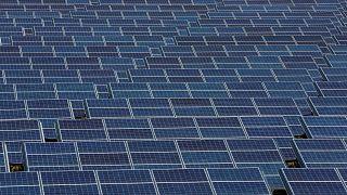 شرکت تولید انرژی خورشیدی بریتانیایی فعالیتهایش را در ایران متوقف میکند