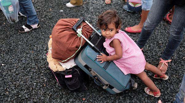 Venezuela: Gıda ve ilaç yetersizliği 2 milyondan fazla kişiyi yerinden etti